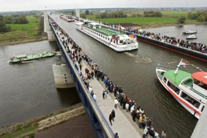Magdeburg_Water_Bridge