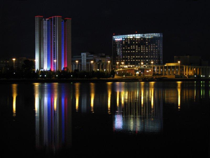 Ночной Екатеринбург Городской пруд