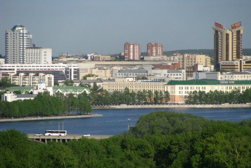 Мост по ул Челюскинцев через Городской пруд
