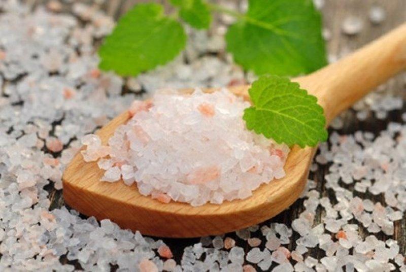 Розовая соль крупный помол