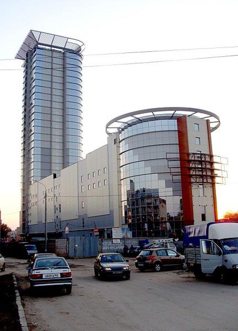 Торгово-офисный центр Вертикаль 2-й по высоте в Поволжье