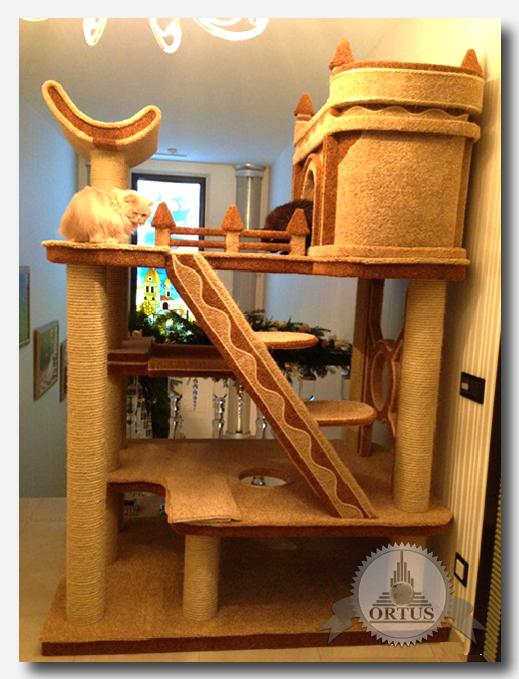 Обзор видов когтеточек для кота проводит в статье информационный торговый портал Ортус Глобал: https://ortus-global.com/blog/kakuyu-kupit-kogtetochku-obzor-raznovidnostey